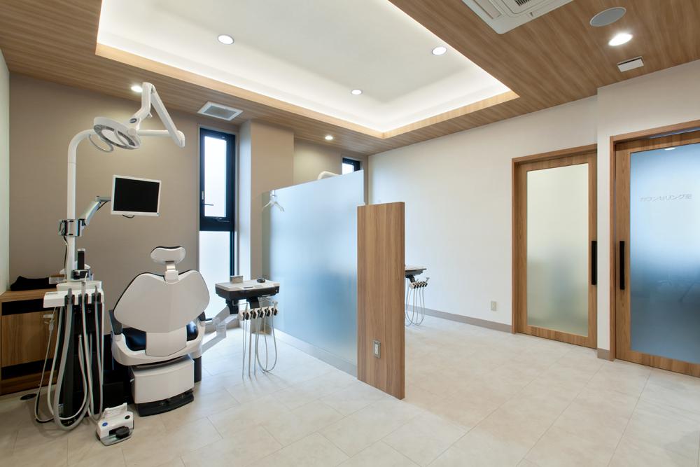 穏やかな雰囲気のゆとりがある空間で診療します。